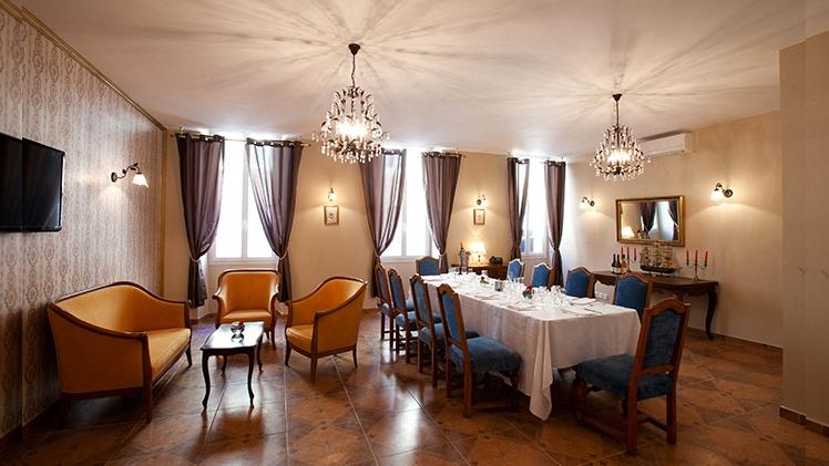 Le club du vieux port u our partner for your event in marseille