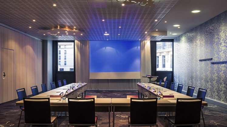 The Mercure Marseille Center Vieux Port 4-star hotel located in the city center of Marseille with 200 rooms renovated in 2013, is the ideal place to organize your events. salon U