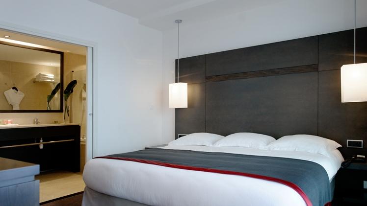 New Hotel of Marseille room 2