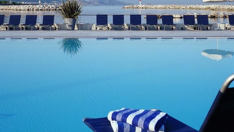 Pullman Marseille Palm Beach - vue piscine