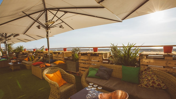 R2 Rooftop Reverso Our Partner For Your Event In Marseille